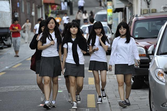 korean school girls in uniform photo original size 原本 4 flickr