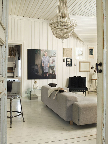 Trine Thorsen {eclectic Vintage Rustic White Living Room ...