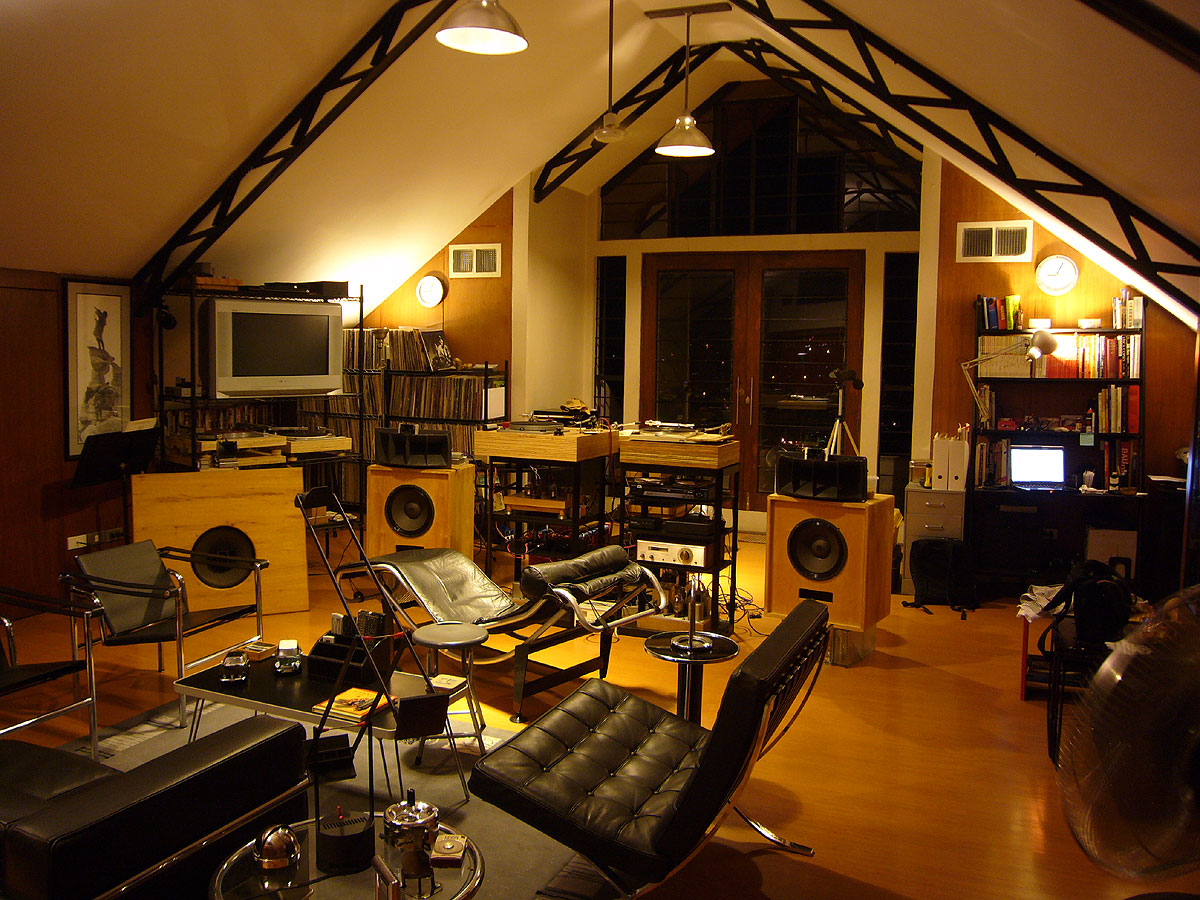 Man Cave Listening Room : Listening room je labs