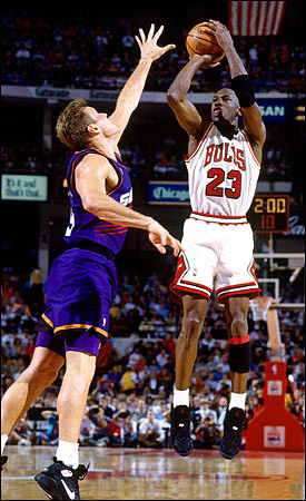 1993 NBA Finals: MJ, Bulls vs. Suns | Chicago Bulls guard Mi… | Flickr