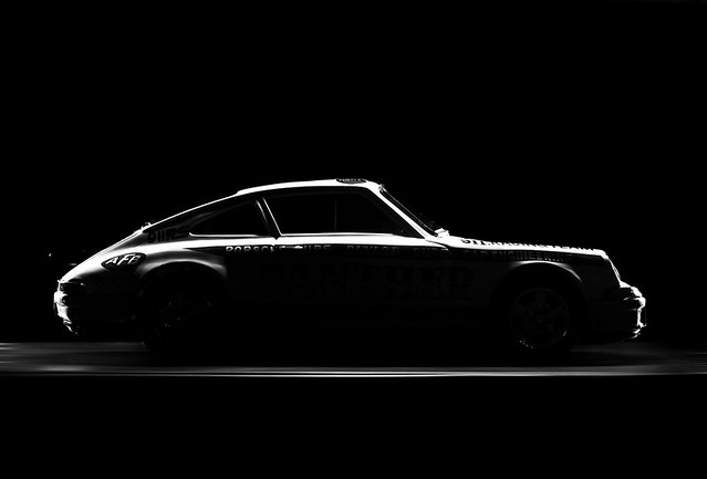 Porsche 911 3x Nikon Sb25 Through Large Softbox From