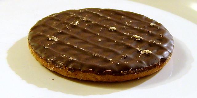 White Chocolate And Dark Chocolate Cake
