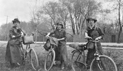 The Coles sisters on a bicycle trip from Montreal to Ottawa, QC-ON, 1916 1916, 20th century | by Musée McCord Museum
