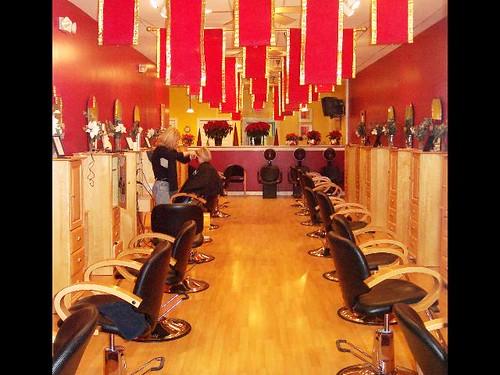 Beauty salon interior design hair salon furniture design for Salon furniture design