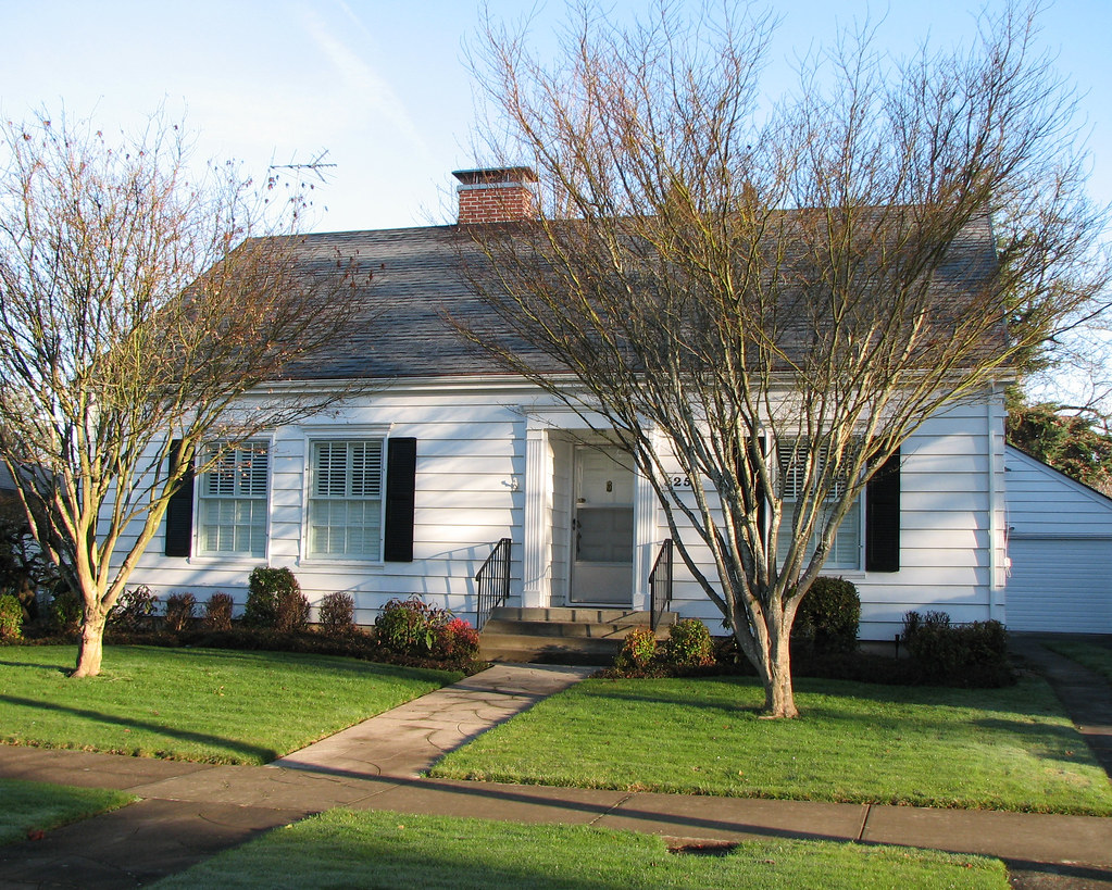 1941 cape cod colonial style house this tidy home in the for Colonial cape