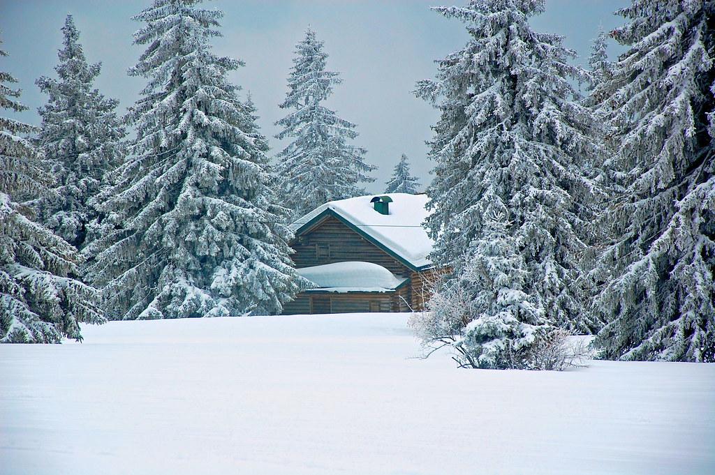 chalet sous la neige chalet snow sibourg didier flickr