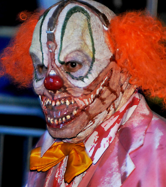 universal studios halloween horror nights 2009 by knoxley