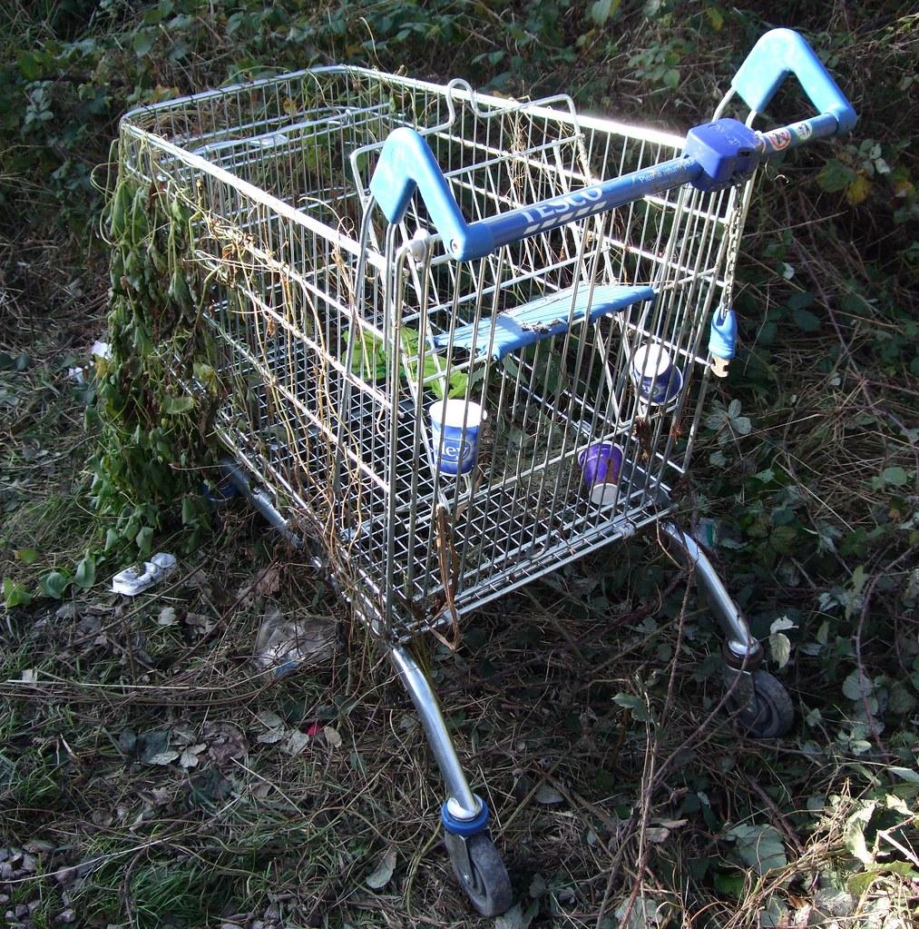 939 >> Abandoned Tesco Shopping Trolley | Stuart Axe | Flickr
