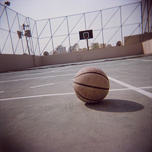 Basketball on rooftop - 04Nov08, Manama (Bahrain) | by °]°