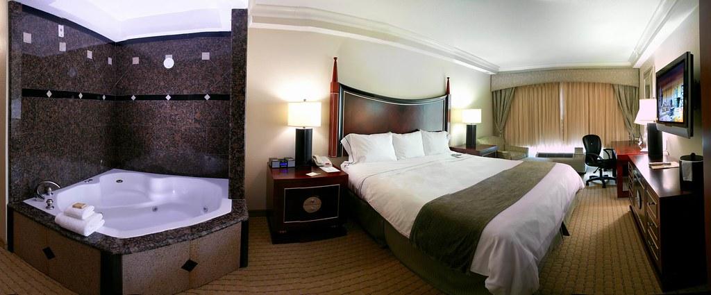 radisson hotel lake buena vista jacuzzi room stay at. Black Bedroom Furniture Sets. Home Design Ideas