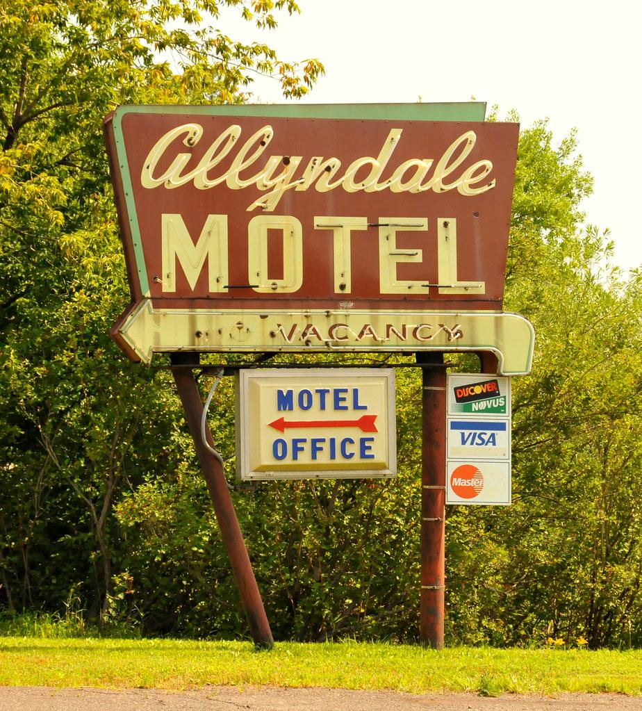 Motel  Duluth