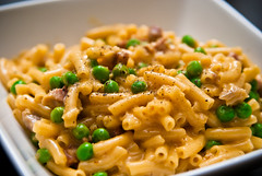 Macaroni and Cheese with Smoked Ribs & Green Peas | by BENFRANK DESIGN