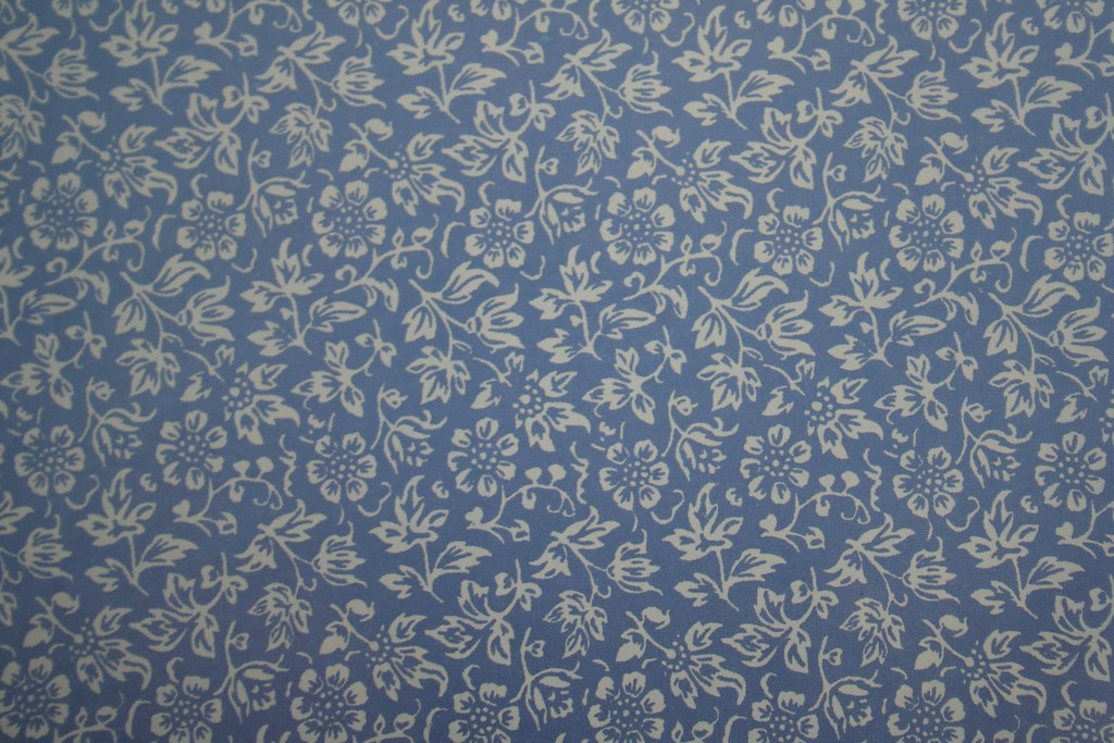vintage laura ashley print sweet alyssum in sapphire flickr. Black Bedroom Furniture Sets. Home Design Ideas