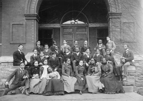 Fisk university 1900 senior preparatory class at fisk for Expo photo paris