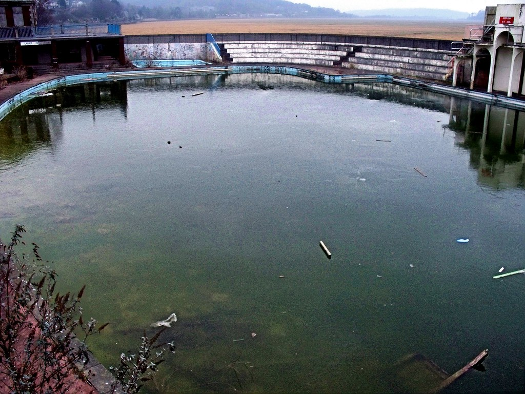 The Old Open Air Bathing Pool At Grange Over Sands Flickr