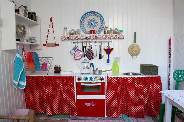 Gentil Playhouse Kitchen | By MayaLee Photography Playhouse Kitchen | By MayaLee  Photography