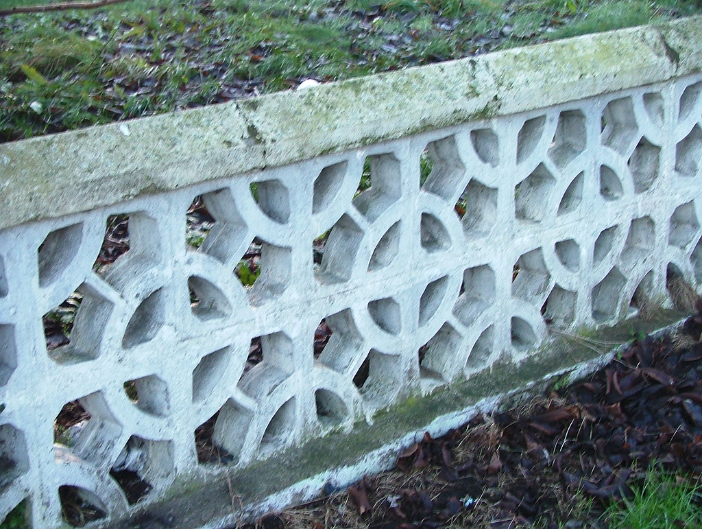 Dundalk Newry Road Perforated Concrete Block Garden Wall Flickr