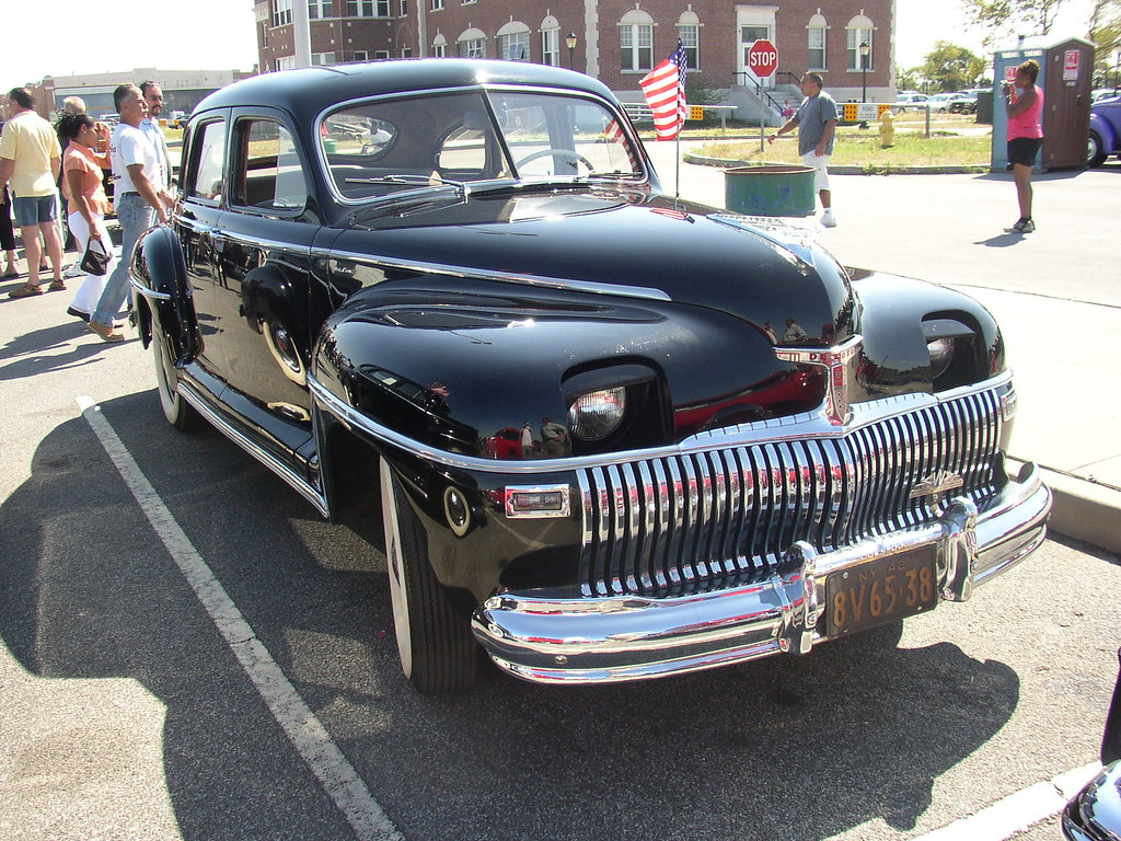 1942 Desoto Right Next To The Postwar Models The 42 Is