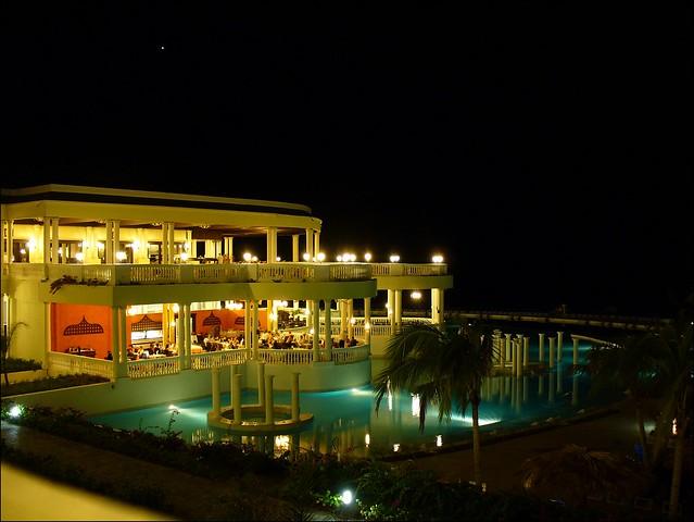 Grand Palladium Lady Hamilton Resort Spa Shuttle