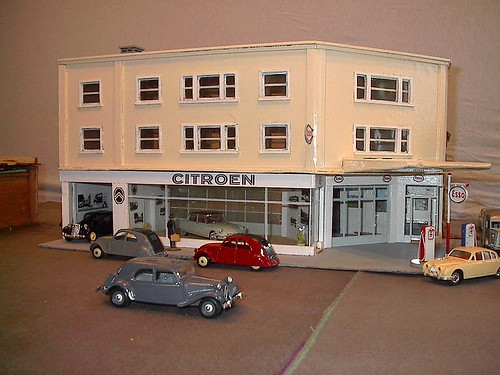 Maquette de garage 1 43 - Garage miniature citroen ...
