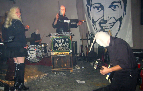 20081115 - SubGenius Devival in Baltimore - 171-7178 - Carolyn & chicks on the stage with Amino Acids | by Rev. Xanatos Satanicos Bombasticos (ClintJCL)