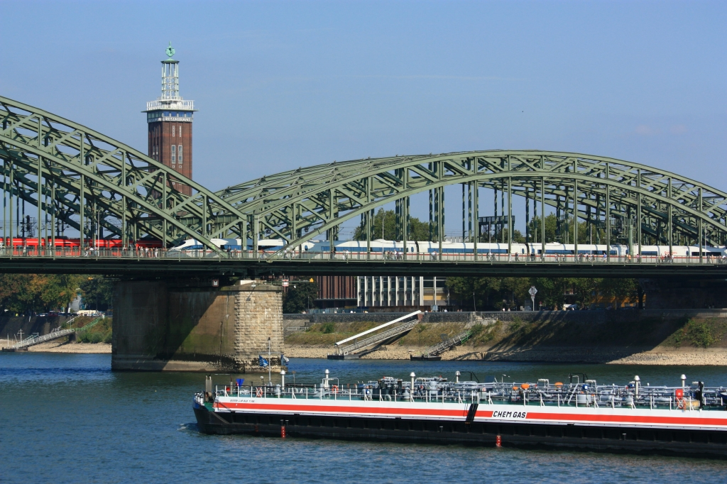 Hohenzollernbruecke, Rhein, Rhine, Cologne, Germany, fotoeins.com