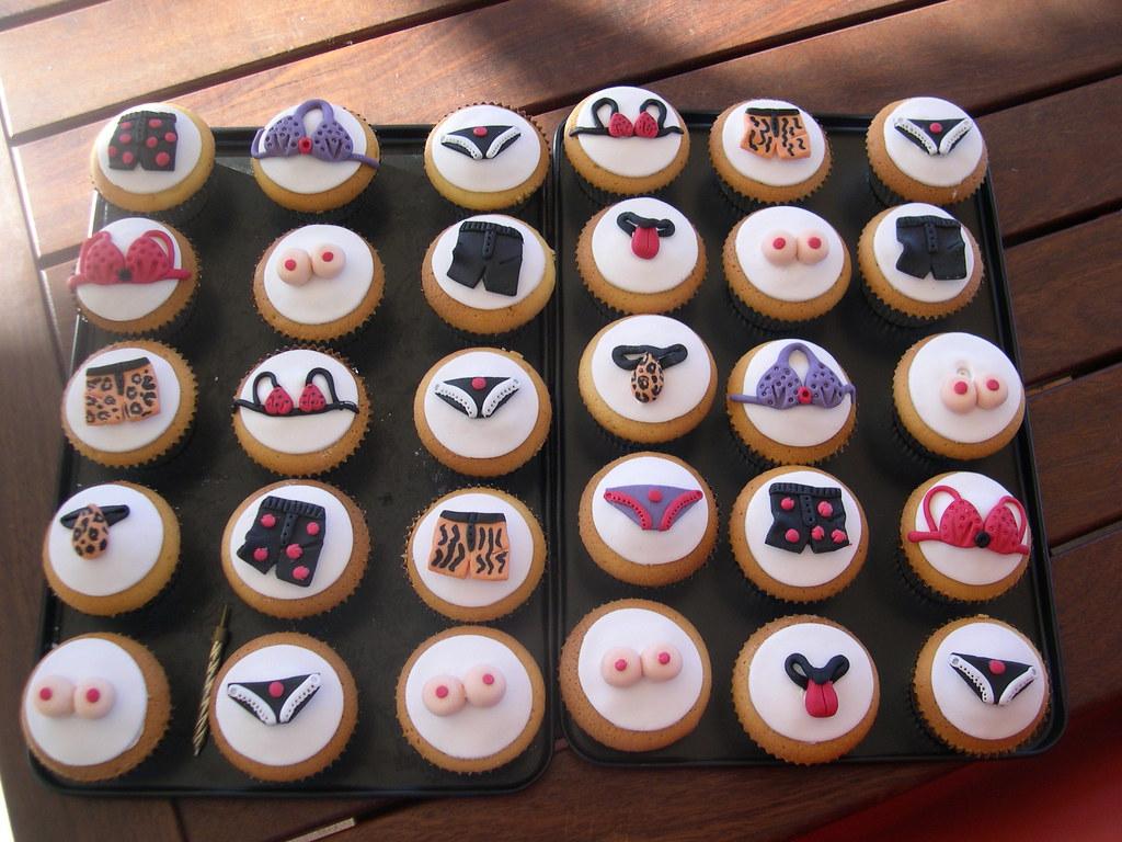 Mossys Masterpiece 21st Birthday Cupcakes With Undies Flickr