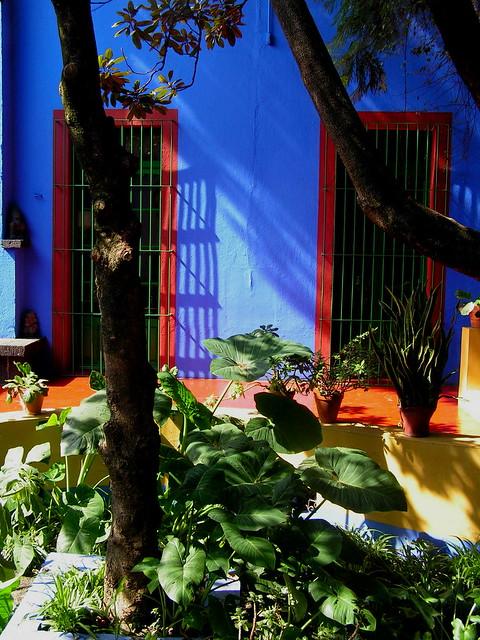 Mexico la maison bleue de frida kahlo flickr photo sharing - Maison bleue mobel ...