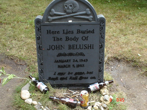 belushi's grave | Flickr - Photo Sharing!