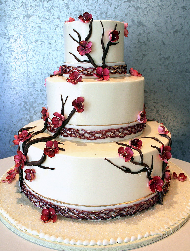 irish wedding cakes pictures celtic cherry blossom wedding cake for a who 16485