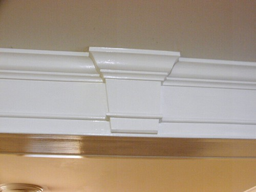 Keystone and crown molding flickr photo sharing for Exterior keystone molding