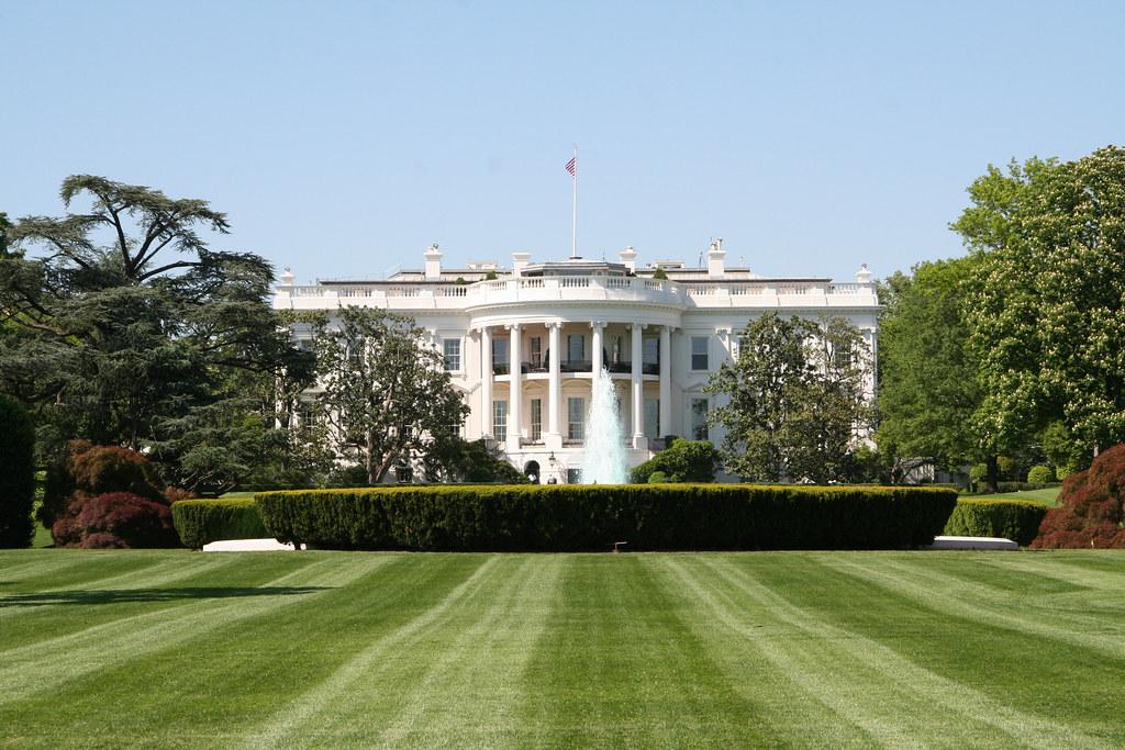 white house south lawn white house mark skrobola flickr