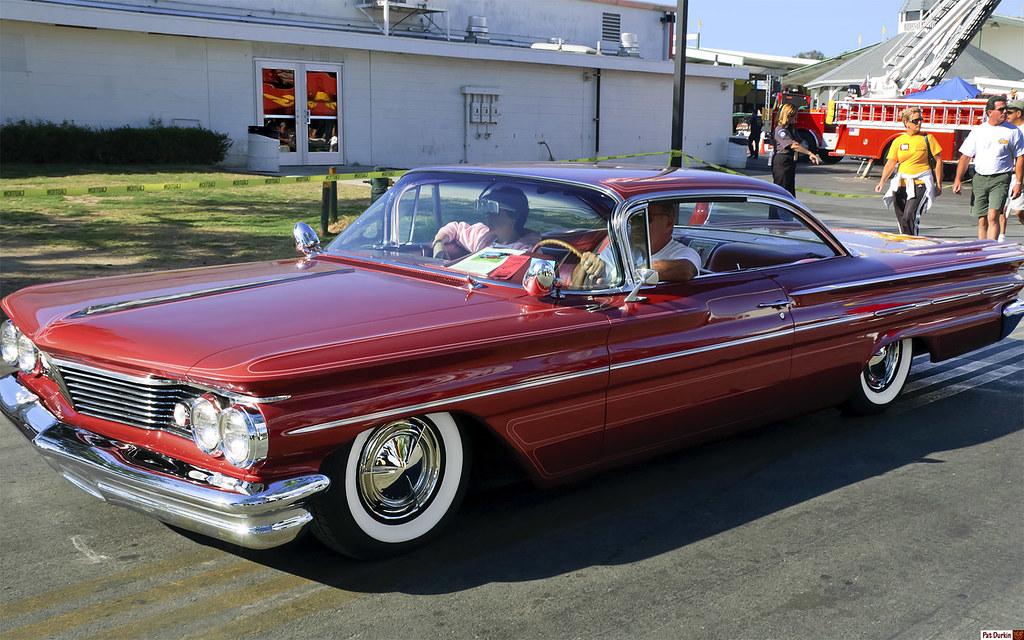 1960 Pontiac Bonneville Ht Coronado Red Metallic Fvl