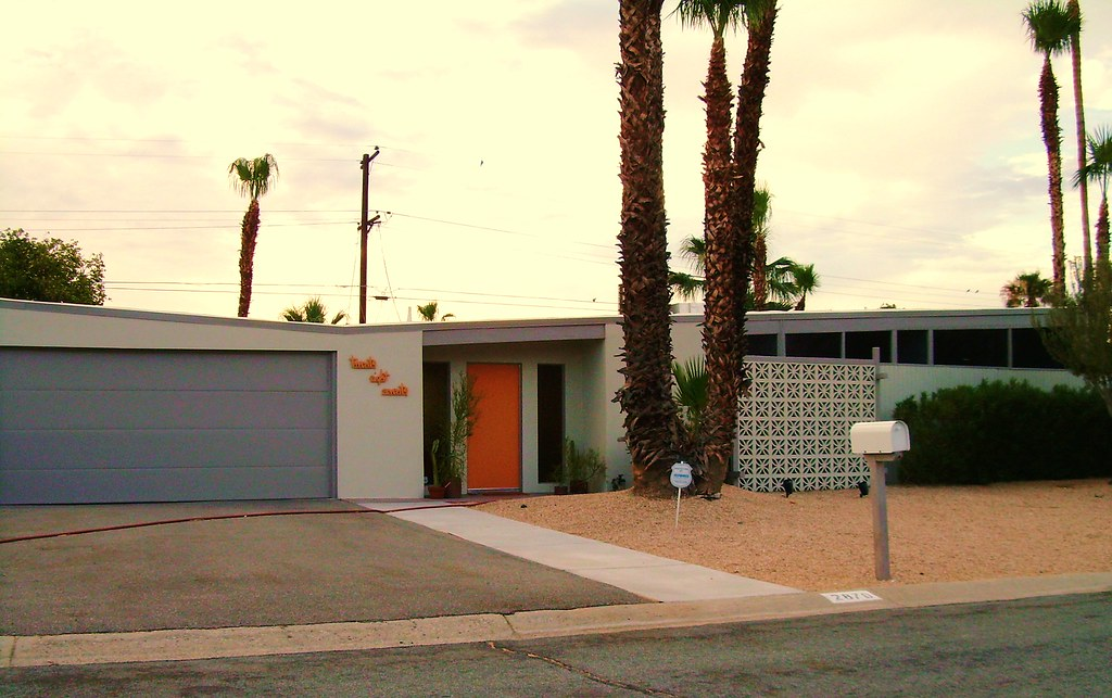Mid Century Modern House With Butterfly Roof Line Palm Spr