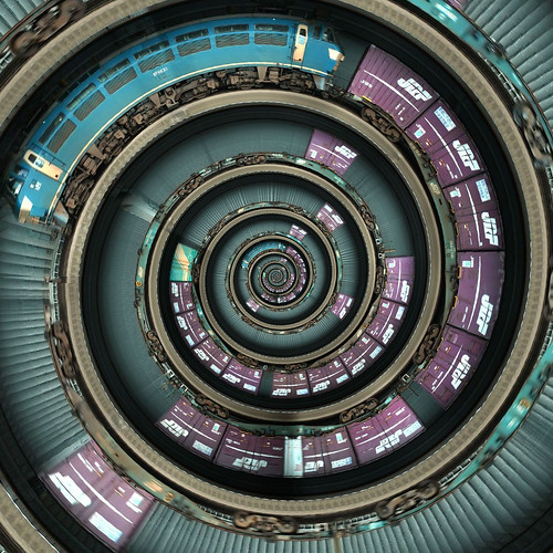 Spiral Train | by vitroid