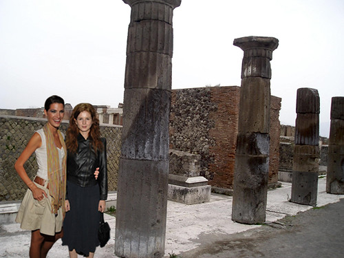 Pepa & Silvia at the ancient Pompeii Column ruins | juldazed | Flickr