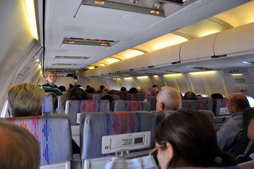 UA 737 500 N913UA