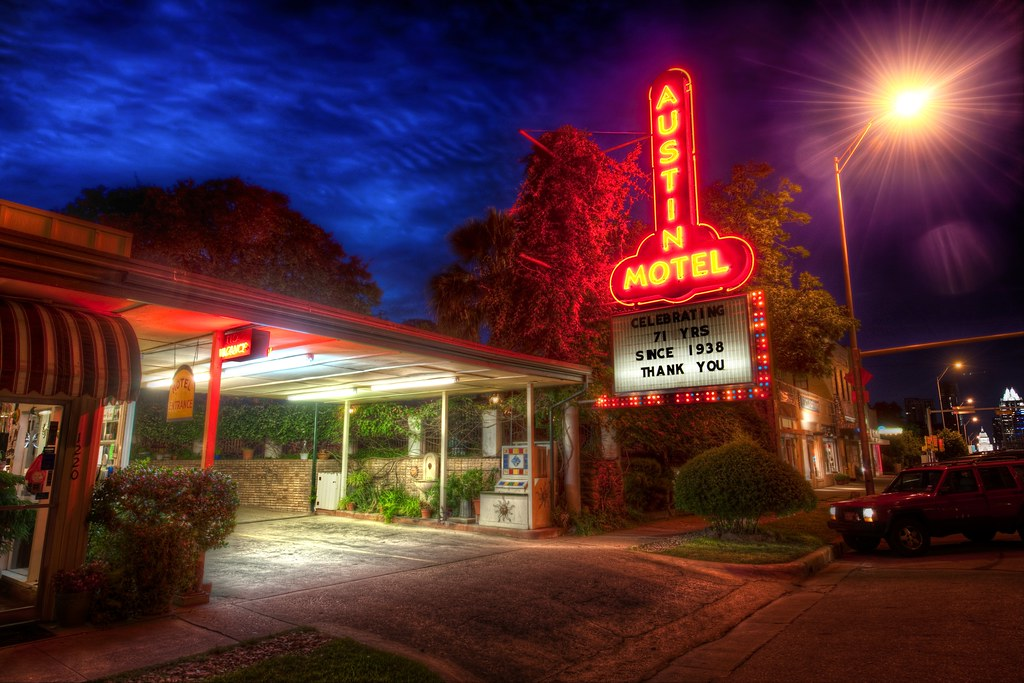 Pulling into the Austin Motel after dark | This is a ...