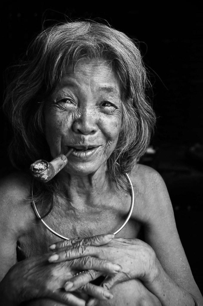 Old Vietnamese Woman  Tormod Sandtorv  Flickr-8177