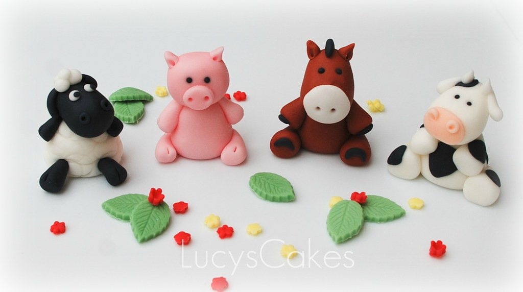 Farm animal edible cake topper cow horse pig sheep flickr for Animal cake decoration