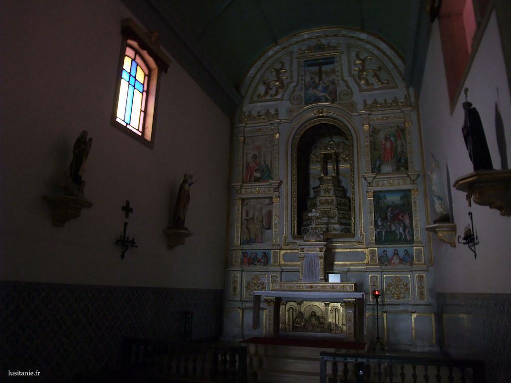 Chapelle principale de l'église