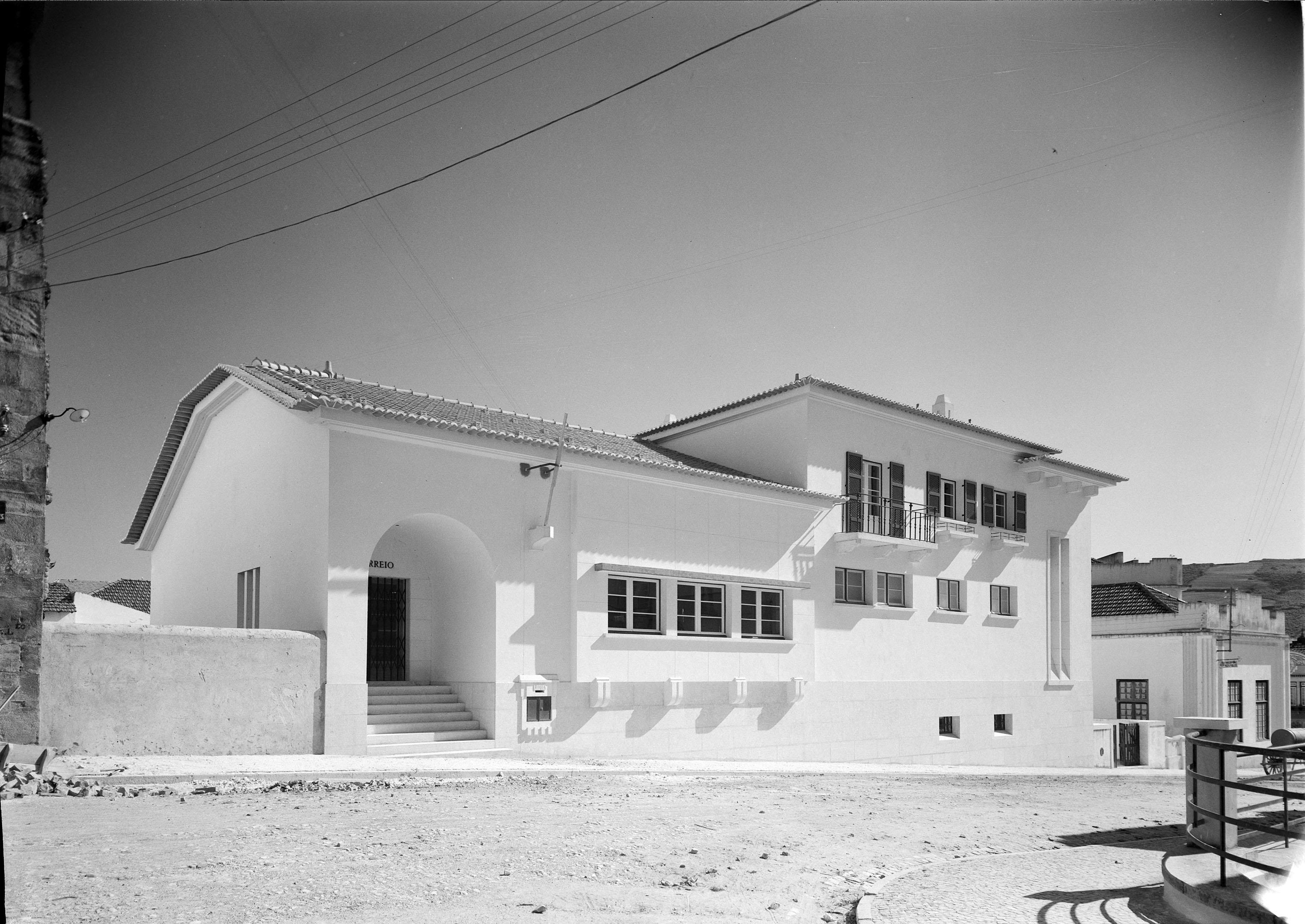 Estação do Correio, Torres Vedras (M. Novaes, c. 1940)