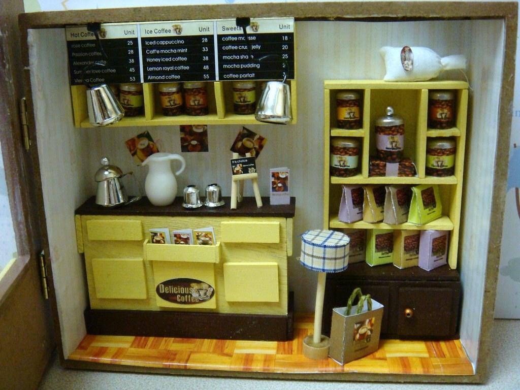 Dollhouse Miniature Room Box European Cafe European