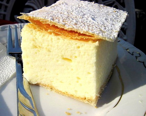 Kremes Vanilla Cream Pie This Is A Really Light And
