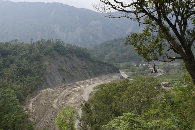 莫拉克風災後的旗山溪。照片來源:苦勞網。(CC BY-NC-ND 2.0)