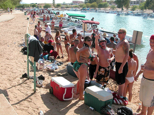 havasu party Lake