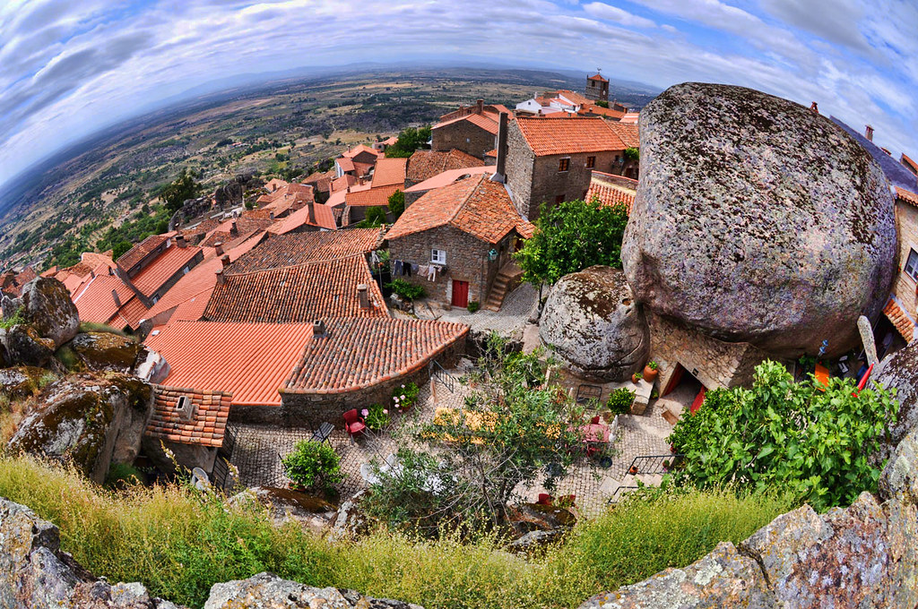 how to get to monsanto portugal
