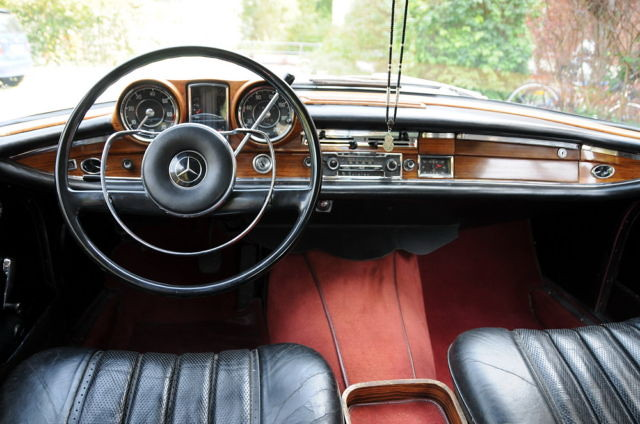 mercedes benz w111 220 seb coupe 1963 inside. Black Bedroom Furniture Sets. Home Design Ideas
