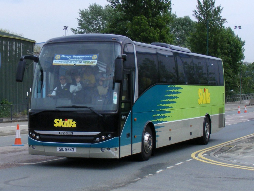 Skills motor coaches nottingham sil9543 ex ft06lct for Motor coach driving jobs