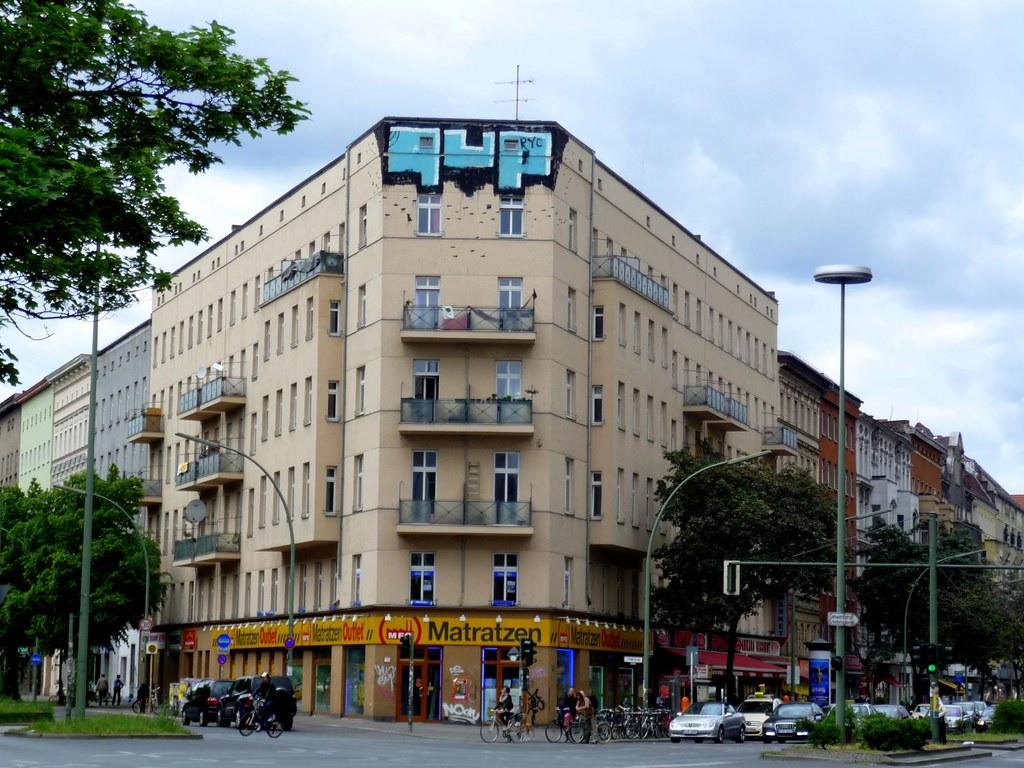 graffiti 1up berlin kersavondaugustfirstdeen2013